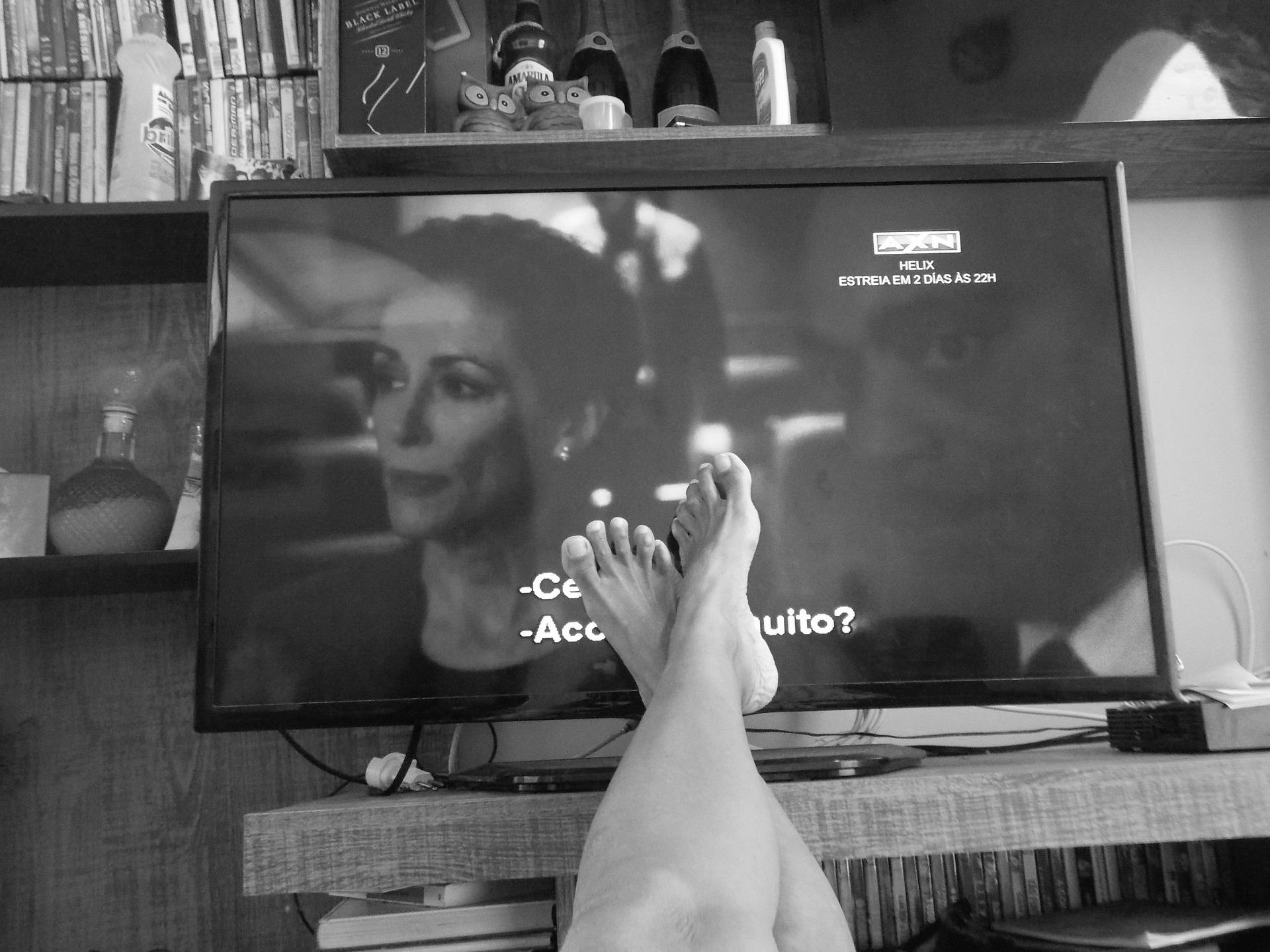 なぜ休日の暇つぶしに映画チャンネルがおすすめなの?